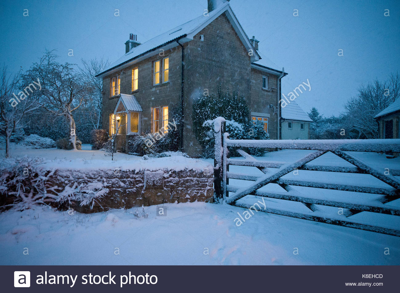 home garden christmas stockfotos home garden christmas bilder alamy. Black Bedroom Furniture Sets. Home Design Ideas