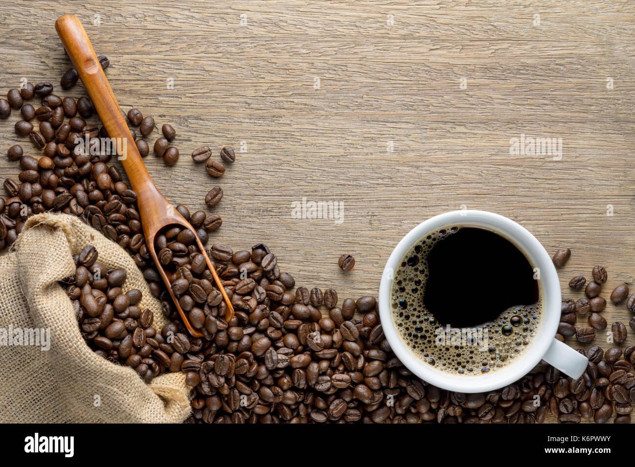 sack hemp coffee stockfotos sack hemp coffee bilder alamy. Black Bedroom Furniture Sets. Home Design Ideas