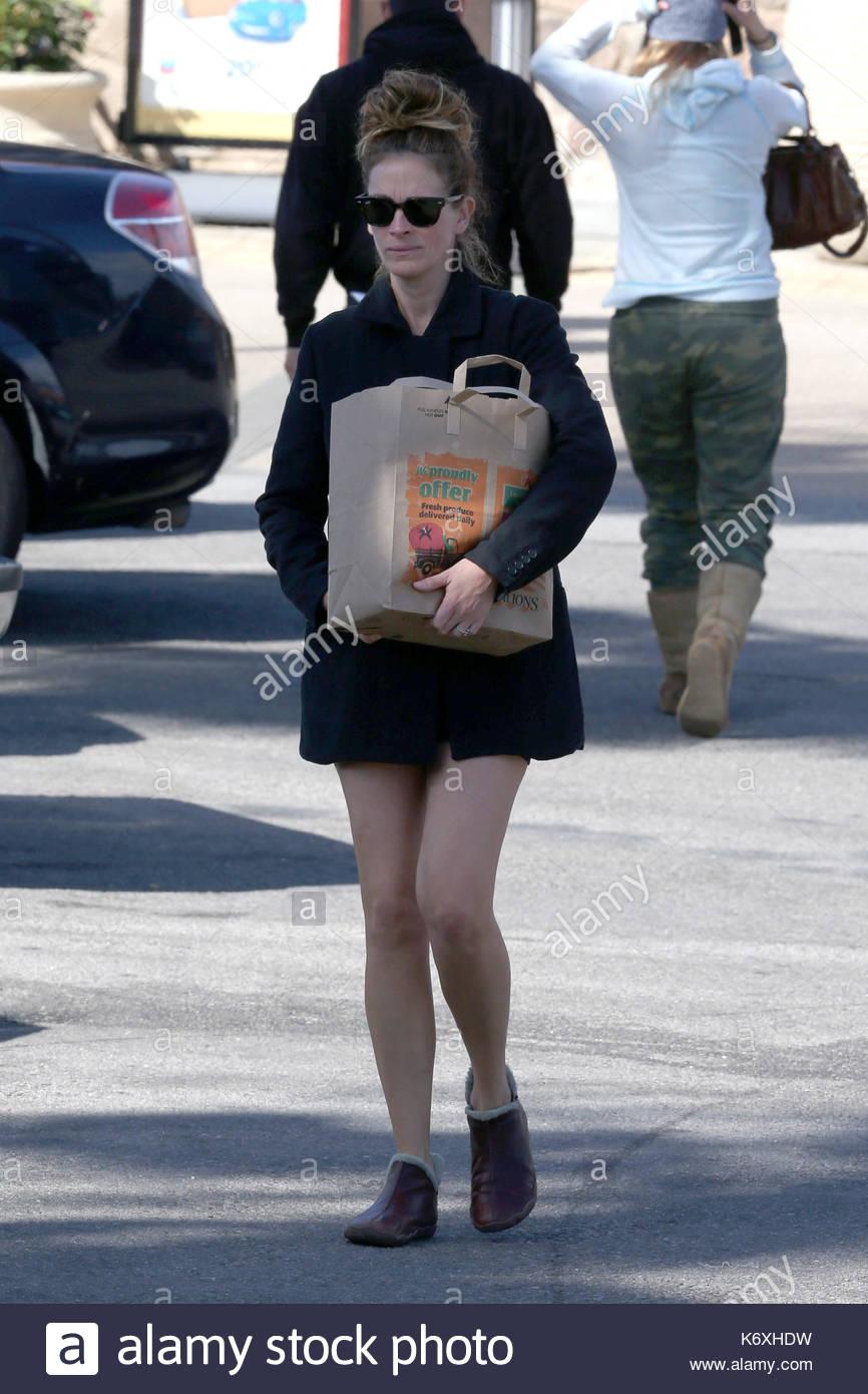 Julia Roberts Julia Roberts Geht Einkaufen Einen Tag Nach Ihrem 46
