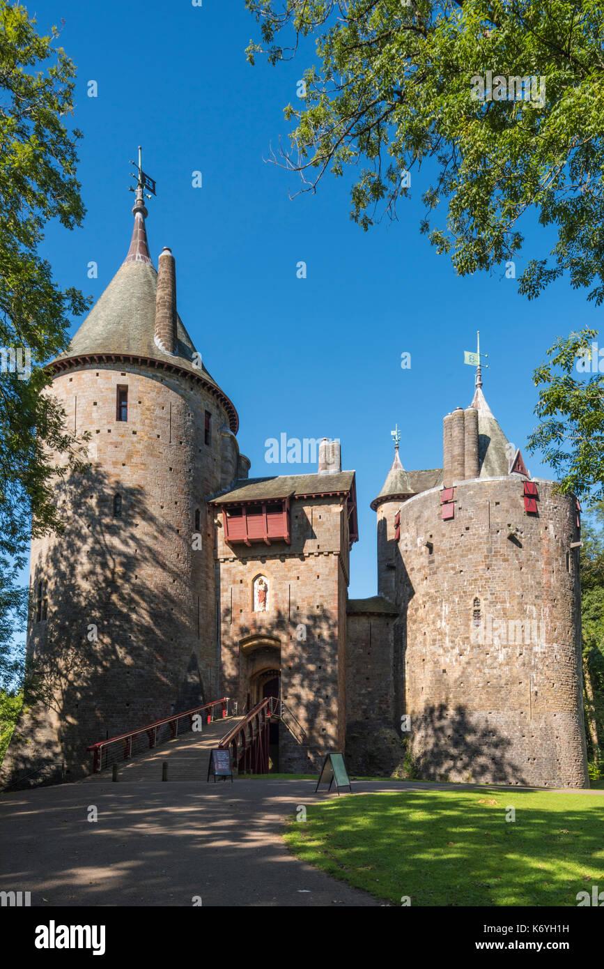 Castell Coch Walisisch für Rote Burg kann am Stadtrand von Cardiff in der Grafschaft von South Glamorgan, Wales gefunden werden. PHILLIP ROBERTS Stockbild