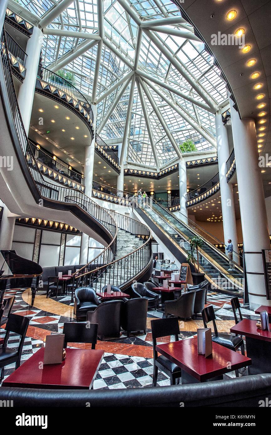 Deutschland Ein Luxus Kaffee Bar In Einem Bereich In Dem Quartier