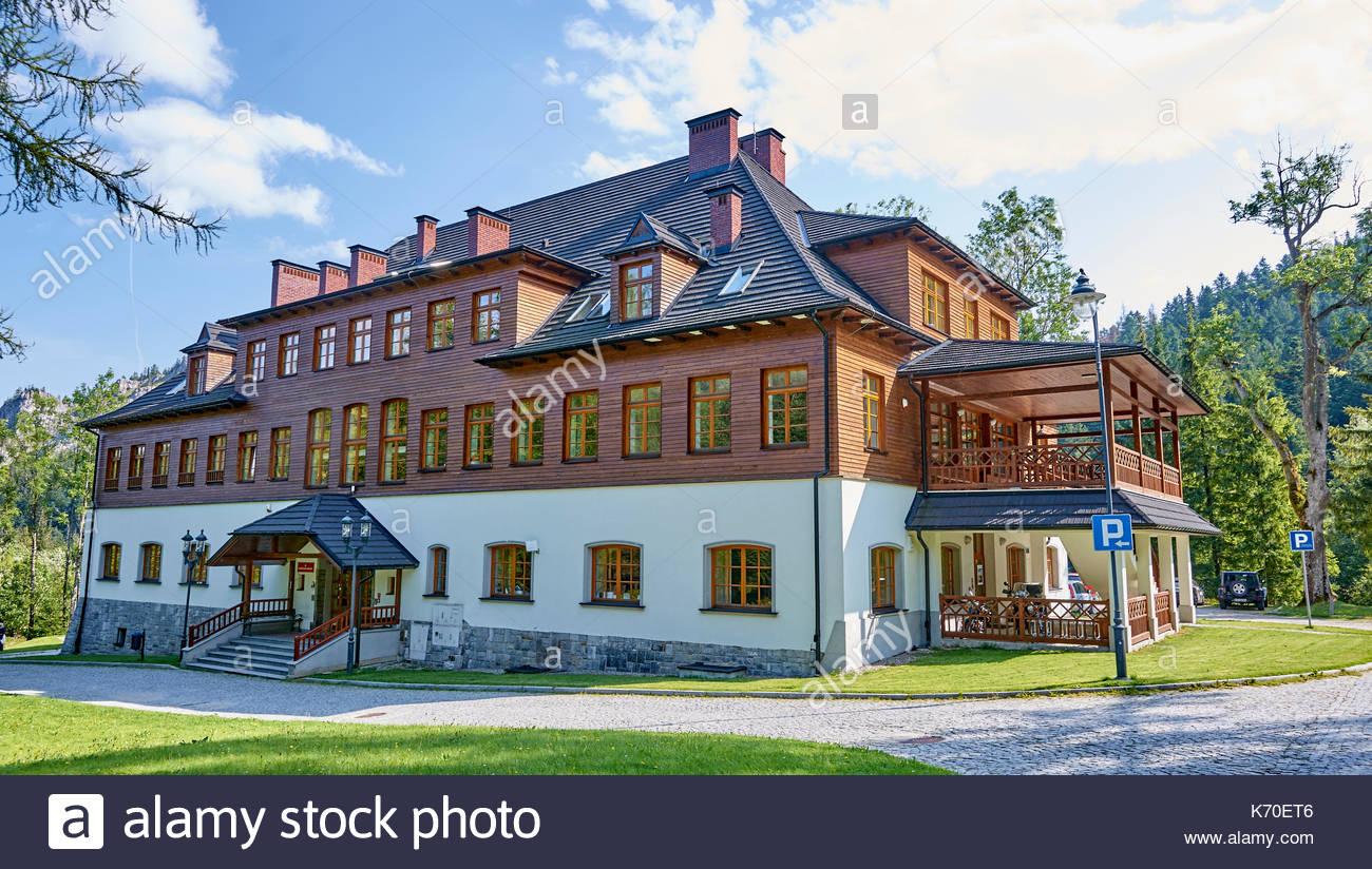sunny panorama on tatra zakopane stockfotos sunny panorama on tatra zakopane bilder alamy. Black Bedroom Furniture Sets. Home Design Ideas