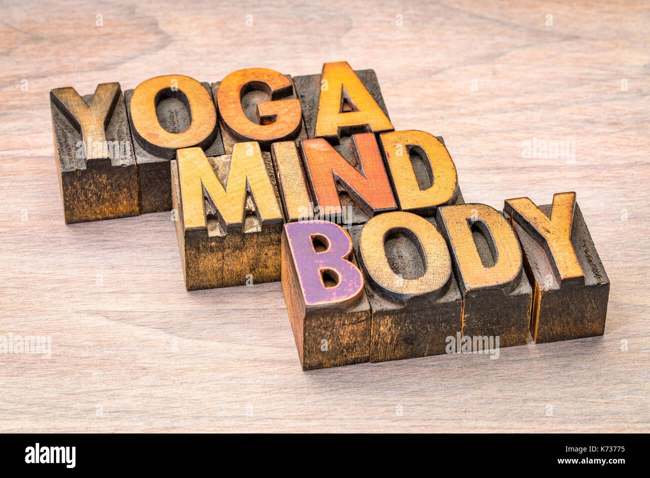 Yoga Typography Stockfotos & Yoga Typography Bilder - Alamy