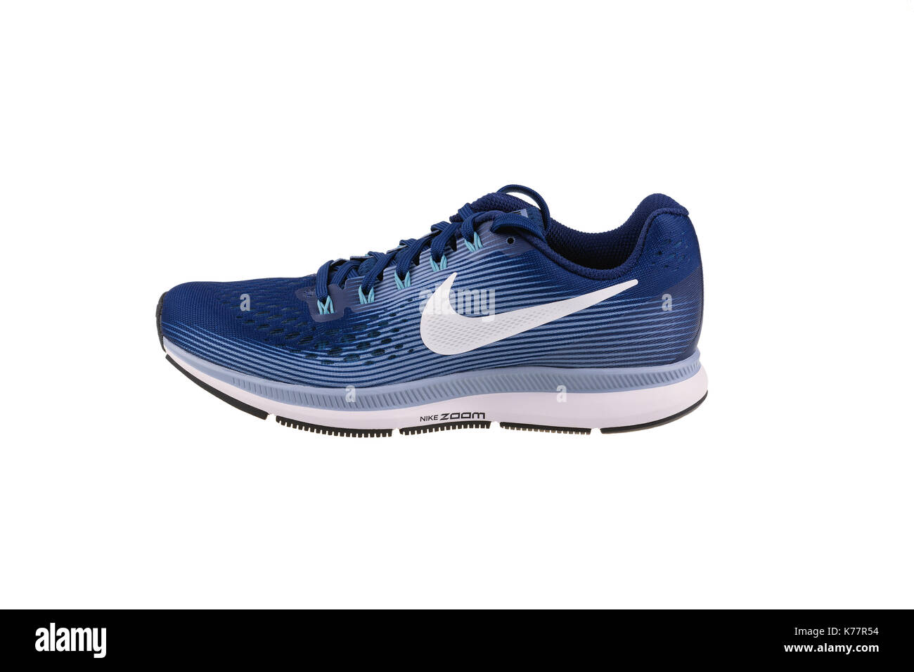 b7f61e798055 ... ireland italy burgas bulgarien september 7 2017 nike air zoom pegasus  34 damen laufschuhe in blau
