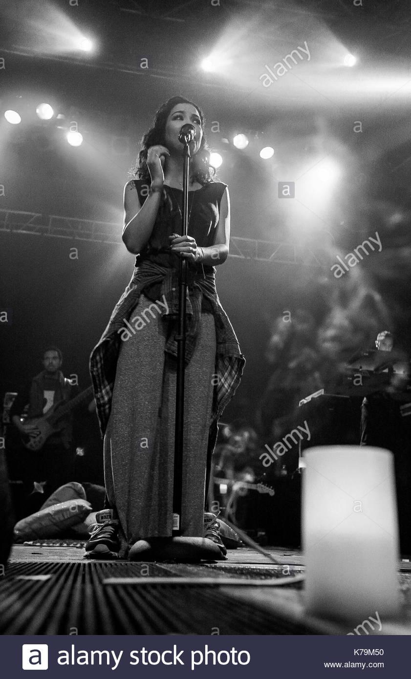 Jhene Aiko. Jhene Aiko rockte die Bühne im E-Werk in Philadelphia ...