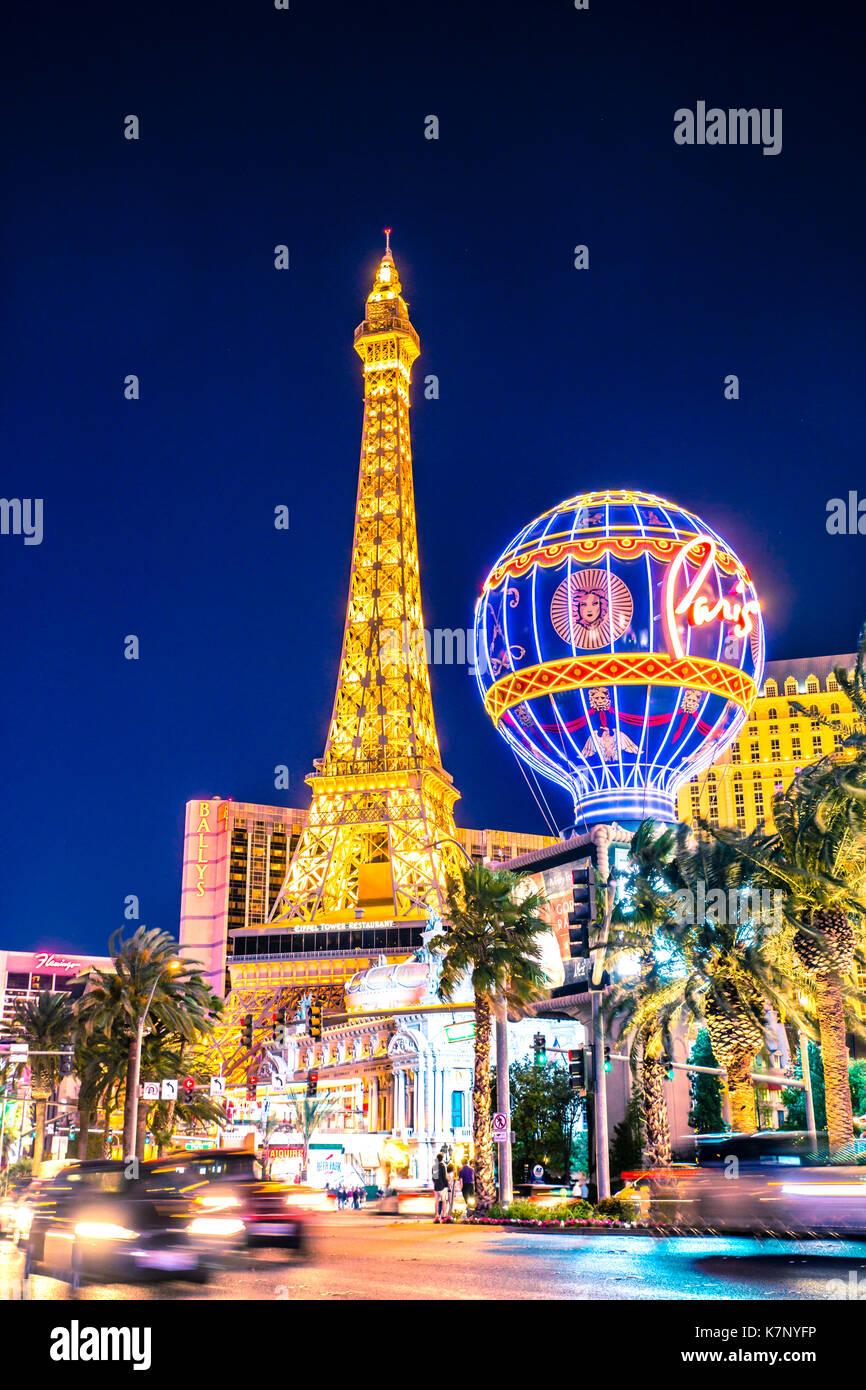 LAS VEGAS, Nevada - Mai 17, 2017: schöne Nacht Blick auf den Las Vegas mit Paris Resort Casino und Hotels in Stockbild