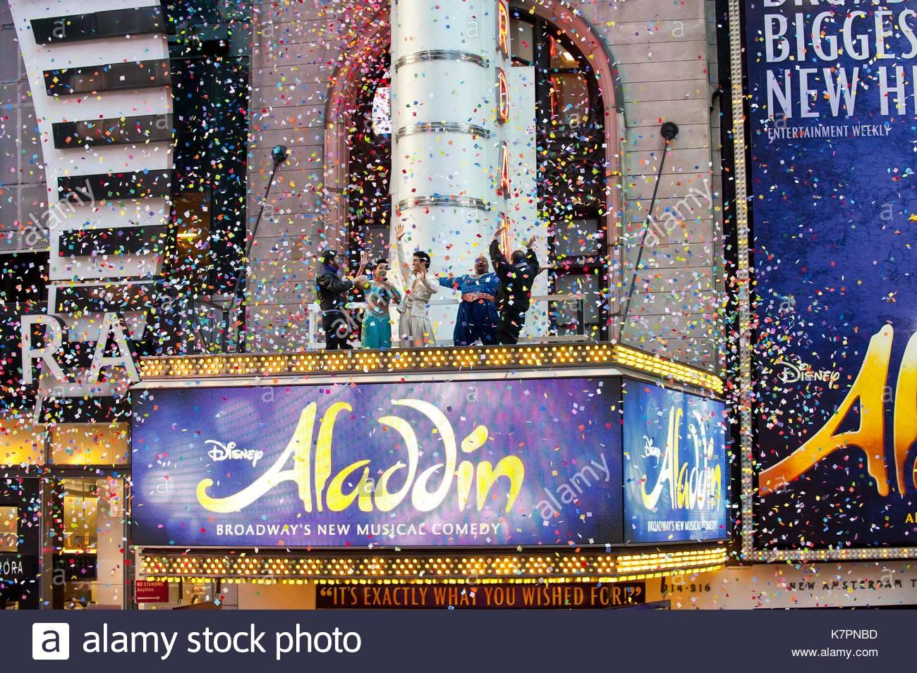 Allgemeine Ansicht Die Besetzung Von Aladdin Veranstalter Tim