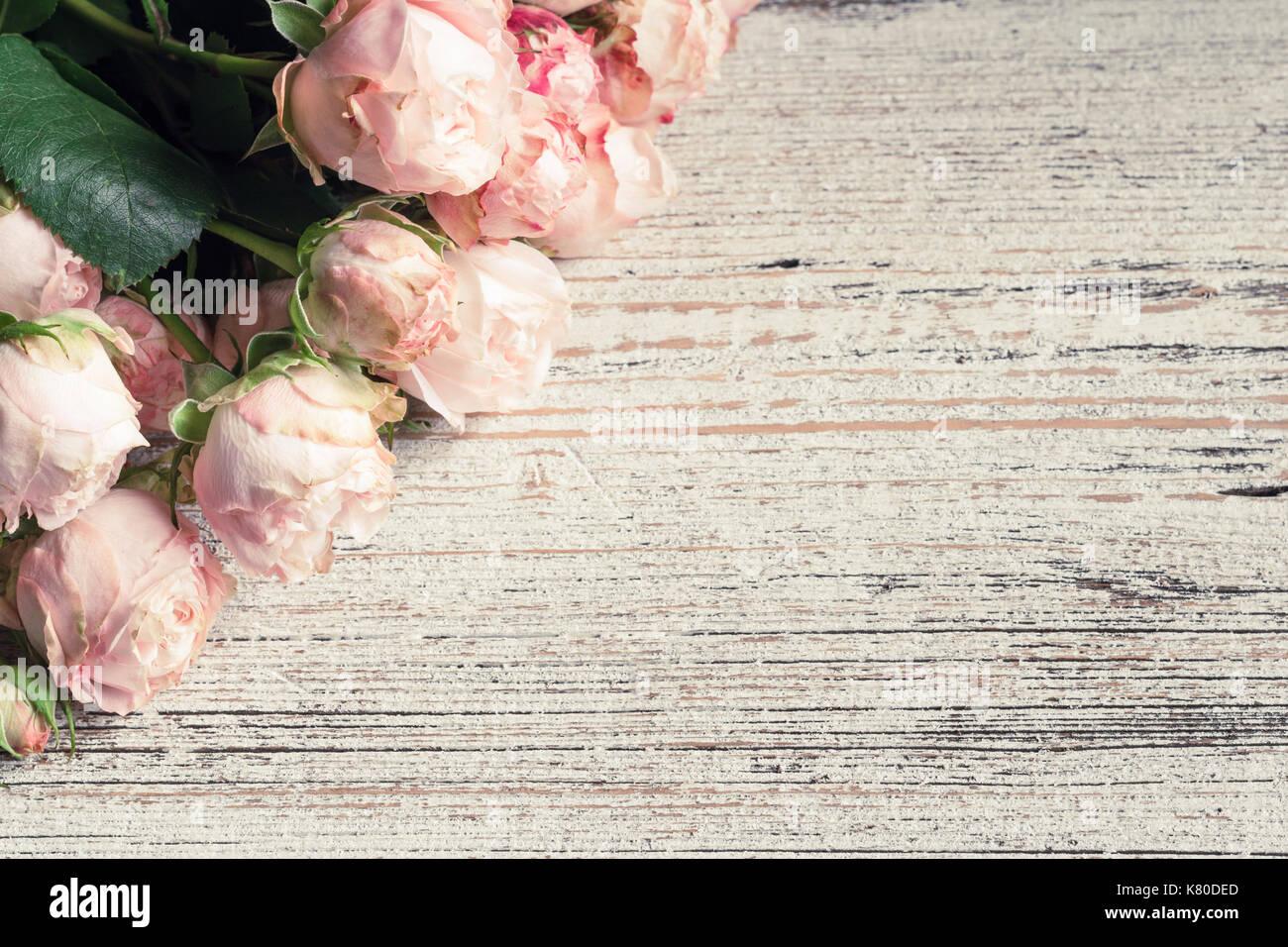 Rosa Hochzeit Rosen Auf Vintage Holz Hintergrund Kopieren Sie