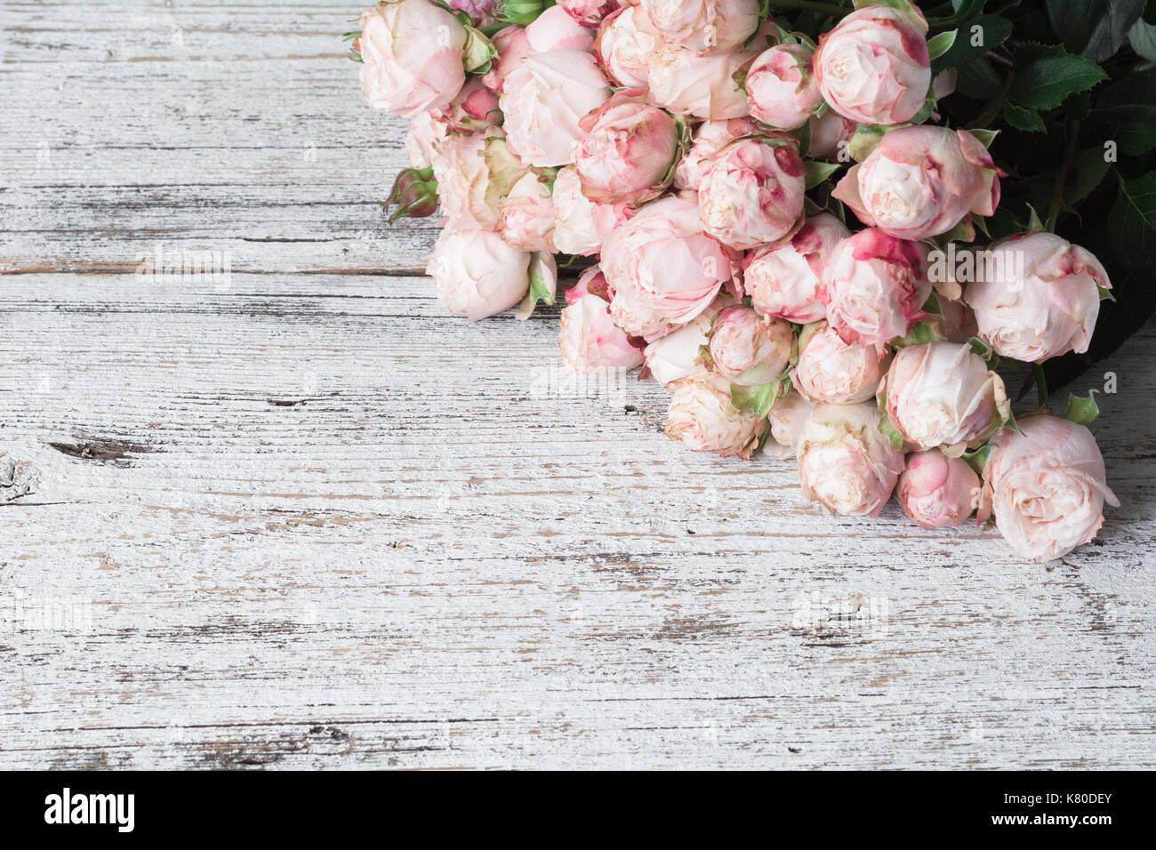 Rosen Auf Vintage Holz Hintergrund Floral Frame Hintergrund
