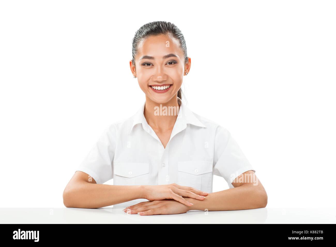 Weißer Mann aus asiatisches Mädchen Beschreibung der Geschwindigkeit Dating