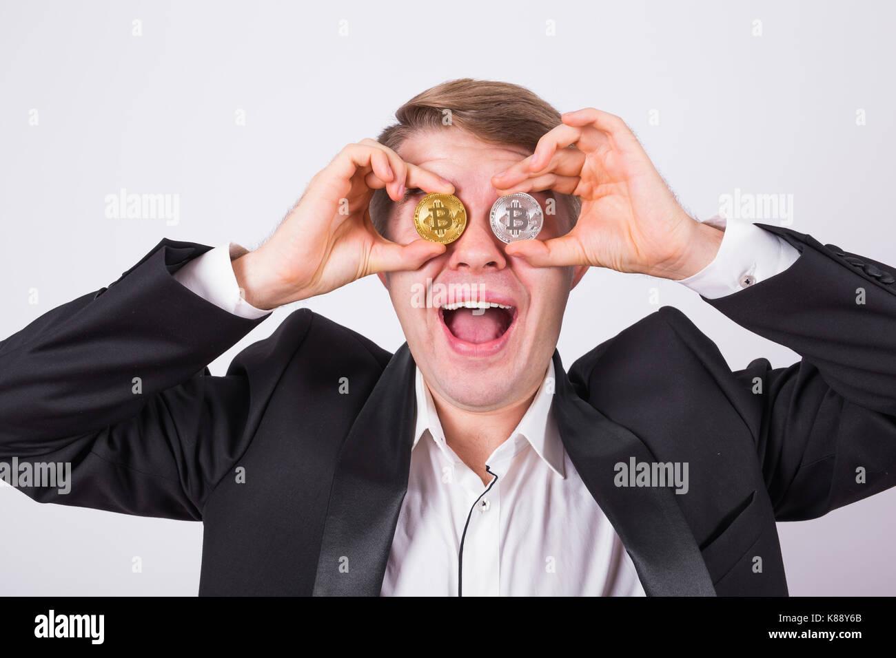 Crazy Bitcoin Liebhaber Mit Goldenen Und Silbernen Münzen Durch