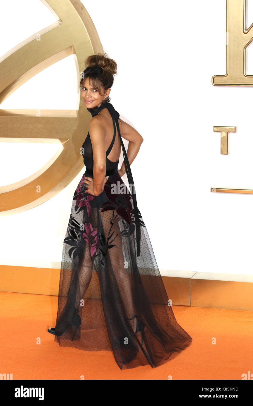 London, Großbritannien. 18 Sep, 2017. Halle Berry, Kingsman: Der Golden Circle - Weltpremiere, Leicester Square, Stockfoto