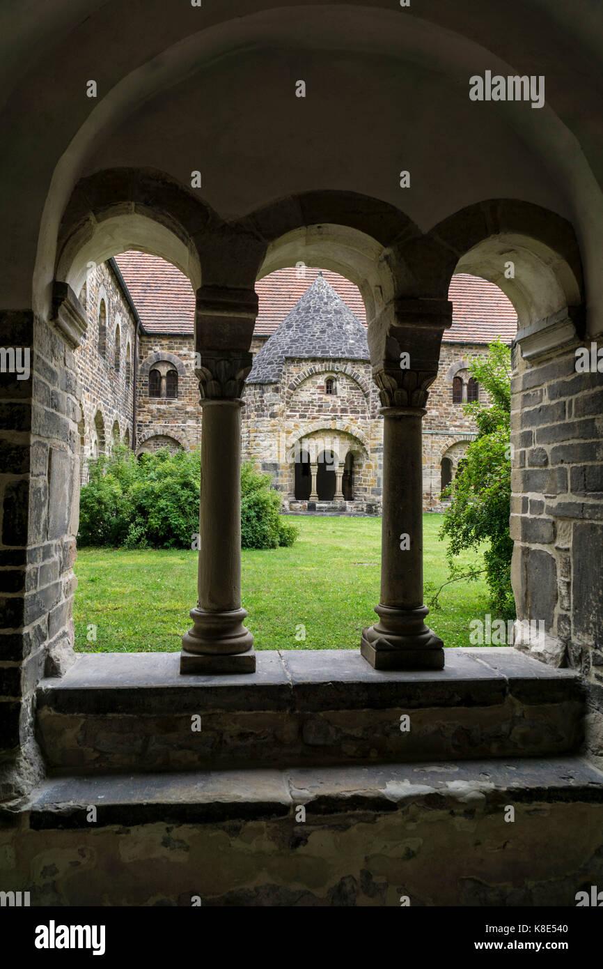 Magdeburg, Kreuzgang im Kloster Unsere Gesegnete Damen, Kreuzgang im Kloster Unser Lieben Frauen Stockbild