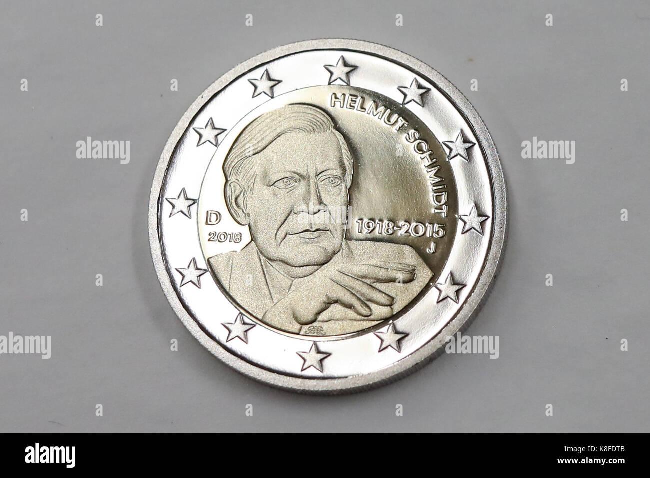 Ein Minted 2 Euro Münze Mit Dem Portrait Des Ehemaligen Deutschen