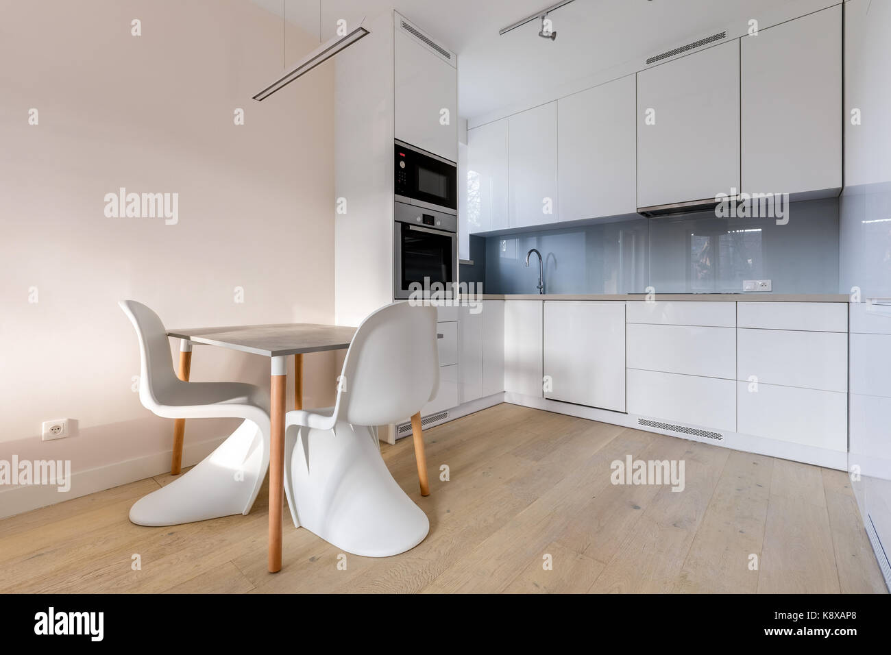 Washbasin White Stockfotos & Washbasin White Bilder - Seite 17 - Alamy