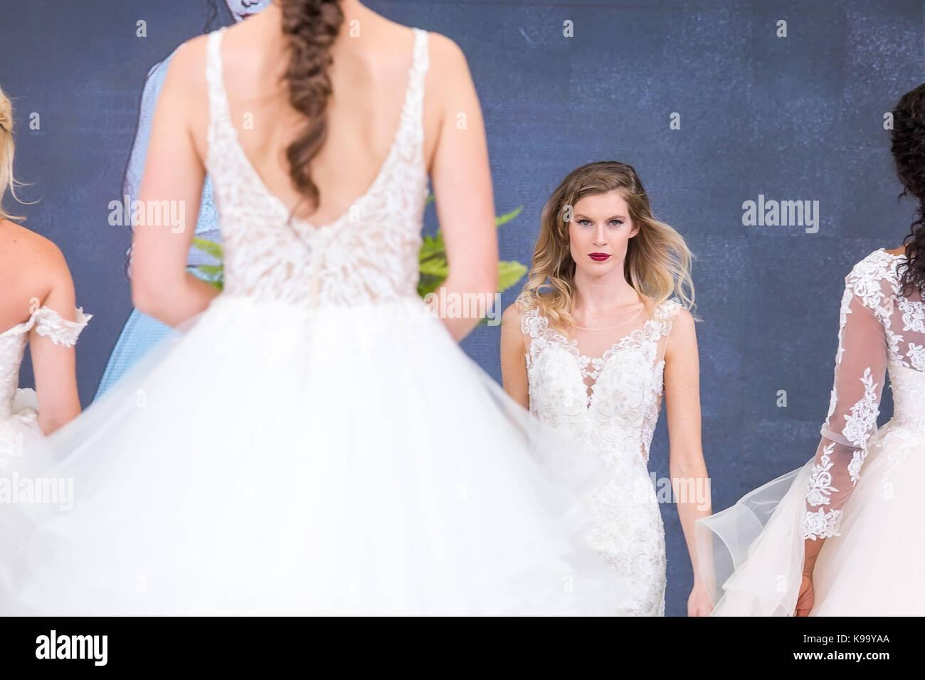 Nett Prom Kleidergeschäfte In Großbritannien Bilder - Brautkleider ...