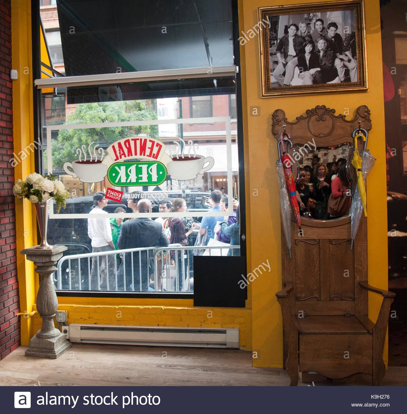 Freunde\' Central Perk Pop-Up Store. \'Freunde\' TV-Show feiert 20 ...