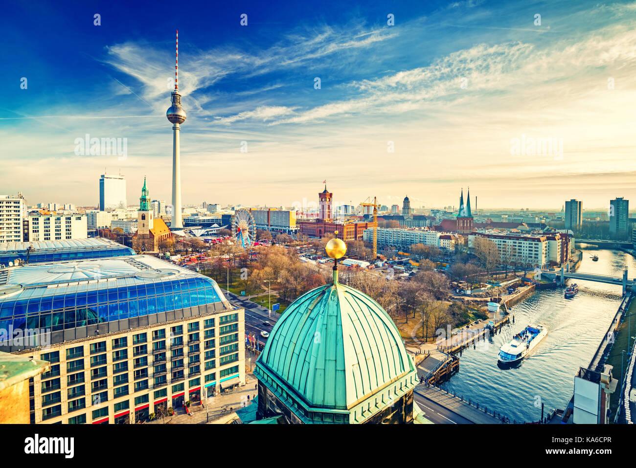 Luftbild auf Berlin Stockfoto