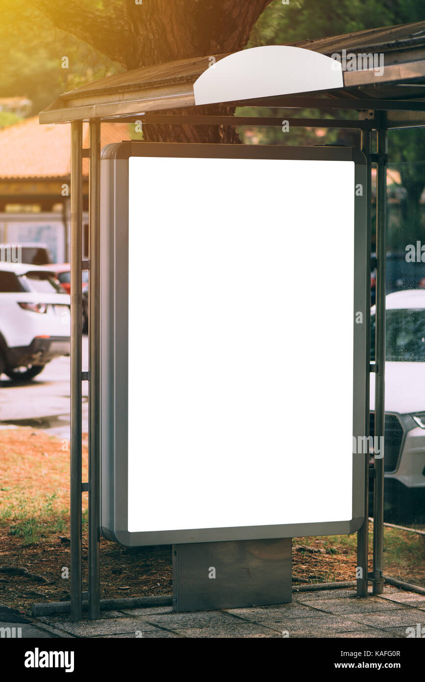 Busbahnhof marketing des Anbieters mock up Kopie Raum. Leere Stadt ...