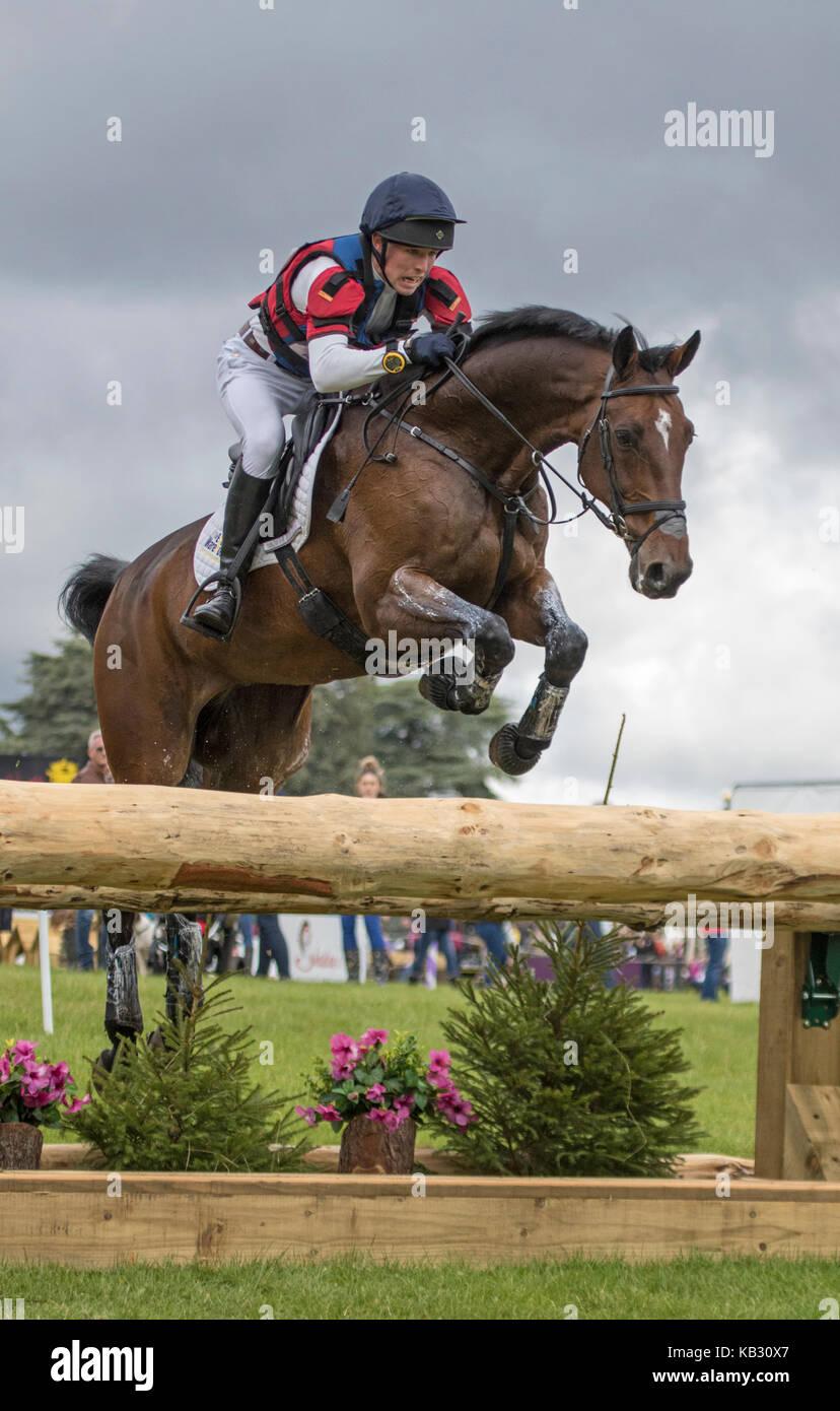 Daniel Alderson auf fliegenden Finish, SsangYong Blenheim Palace International Horse Trials 16. September 2017 Stockbild