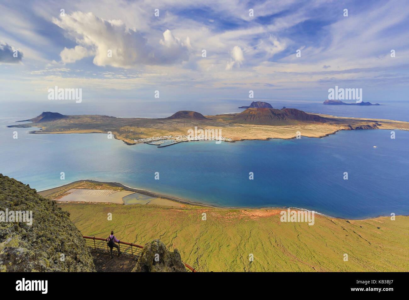 Spanien, Kanarische Inseln, Lanzarote, Mirador del Rio, Isla Graciosa, Naturpark Chinijo, Stockbild