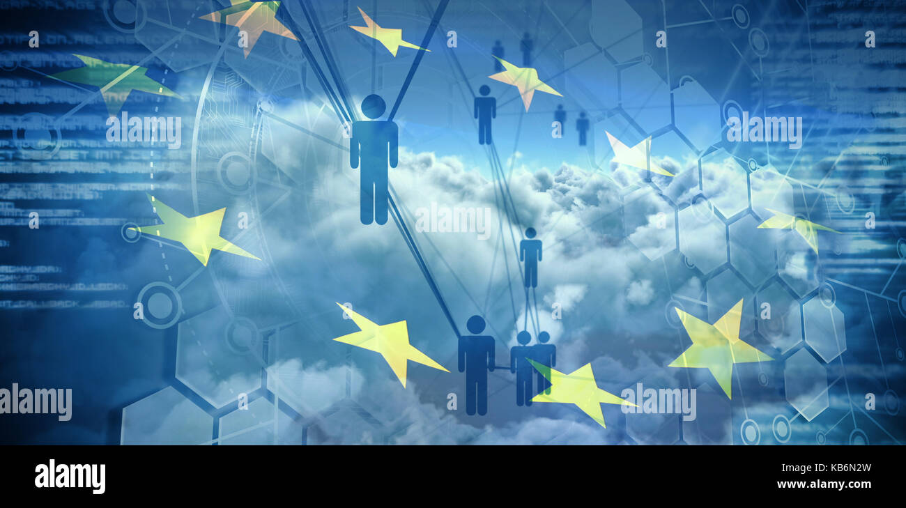Menschen Symbole und binäre Codes gegen digital erzeugten Bild der Fahne der Europäischen Union und Wolken Stockbild
