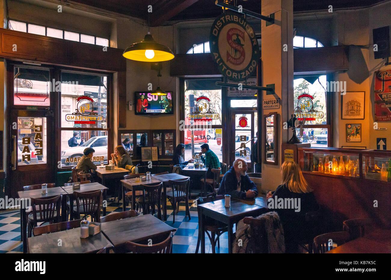"""Bar """"El Hipopotamo'. San Telmo, Buenos Aires, Argentinien Stockfoto"""