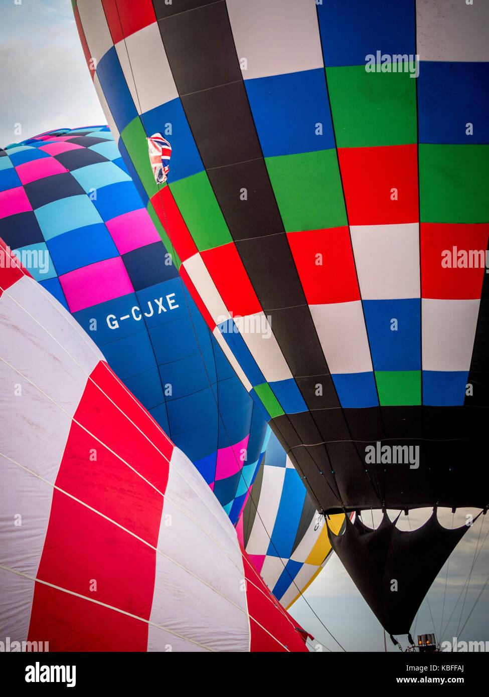 York, UK. 30. September 2017. Eine Masse Ballon Start fand bei Sonnenaufgang von York Knavesmire als Teil der ersten Stockbild