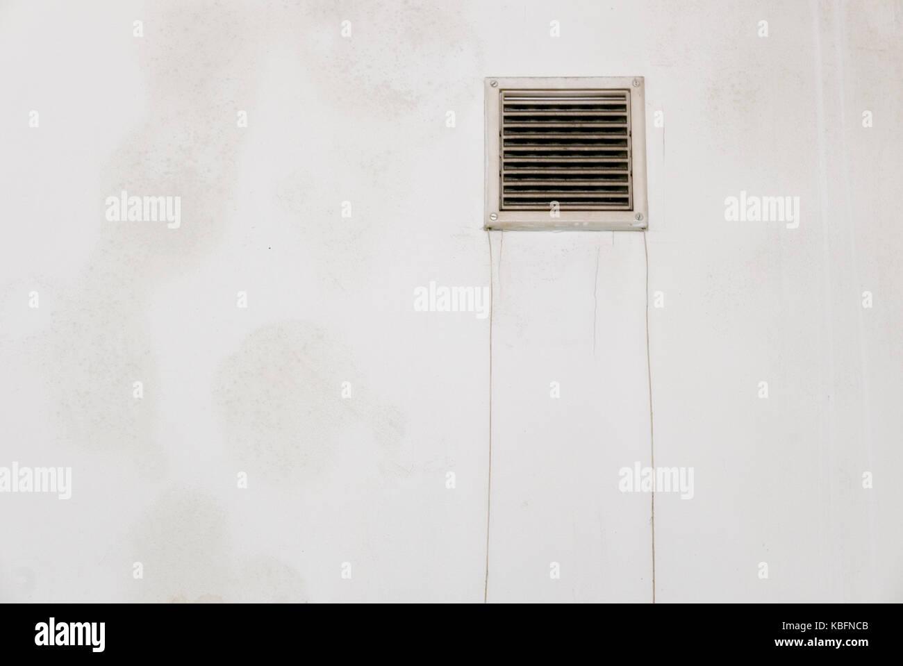 Nassen Fleck Auf Der Weissen Wand In Der Toilette Stockfoto Bild