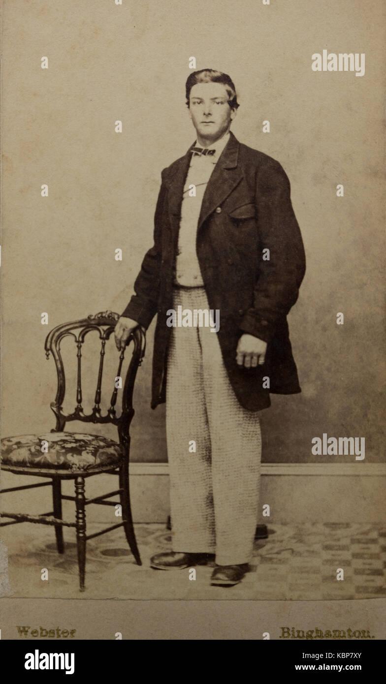 Amerikanische Archiv monochrome Studio portrait Foto junger Mann mit ...