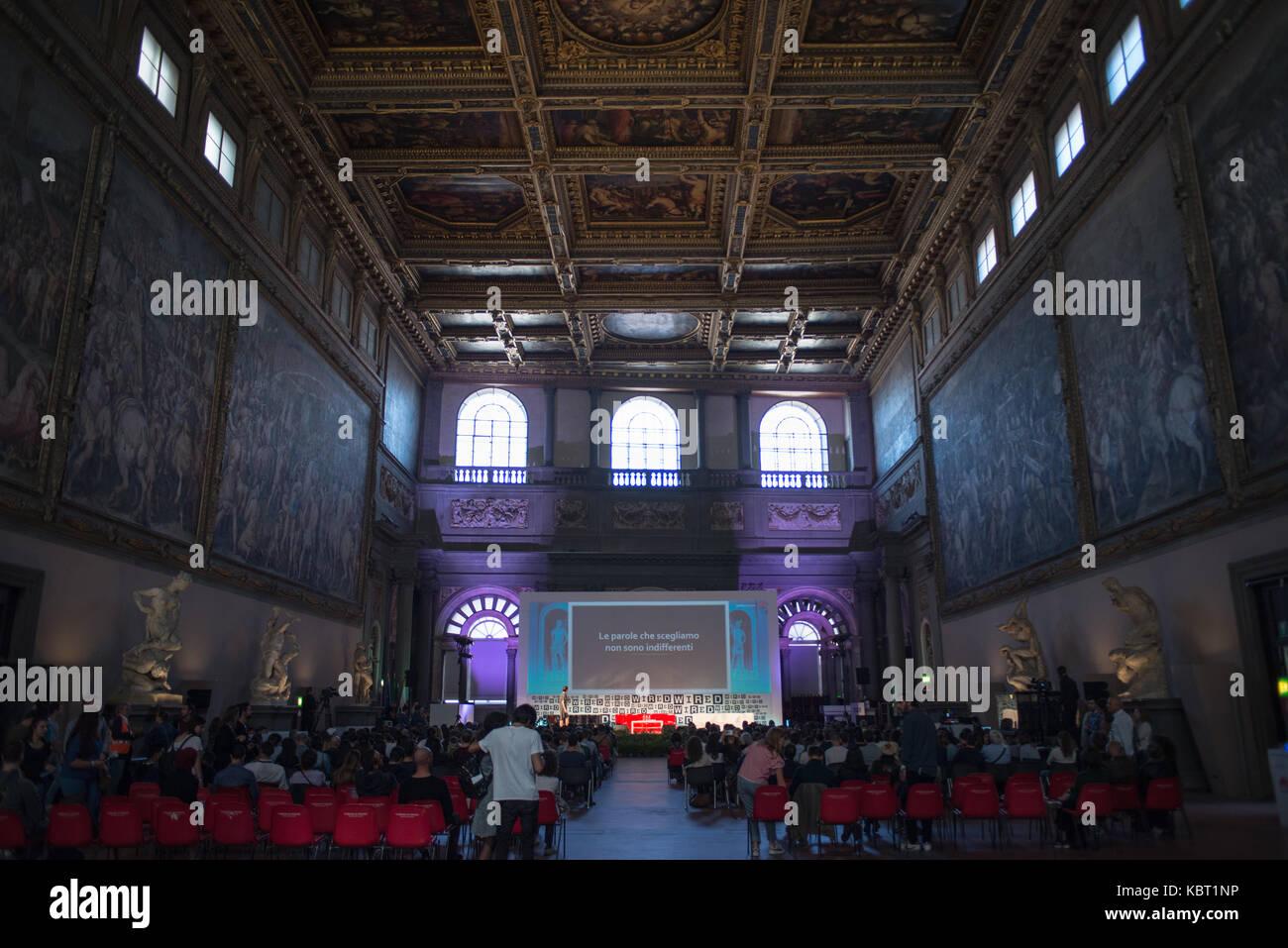 Salone Dei Cinquecento Stockfotos & Salone Dei Cinquecento Bilder ...