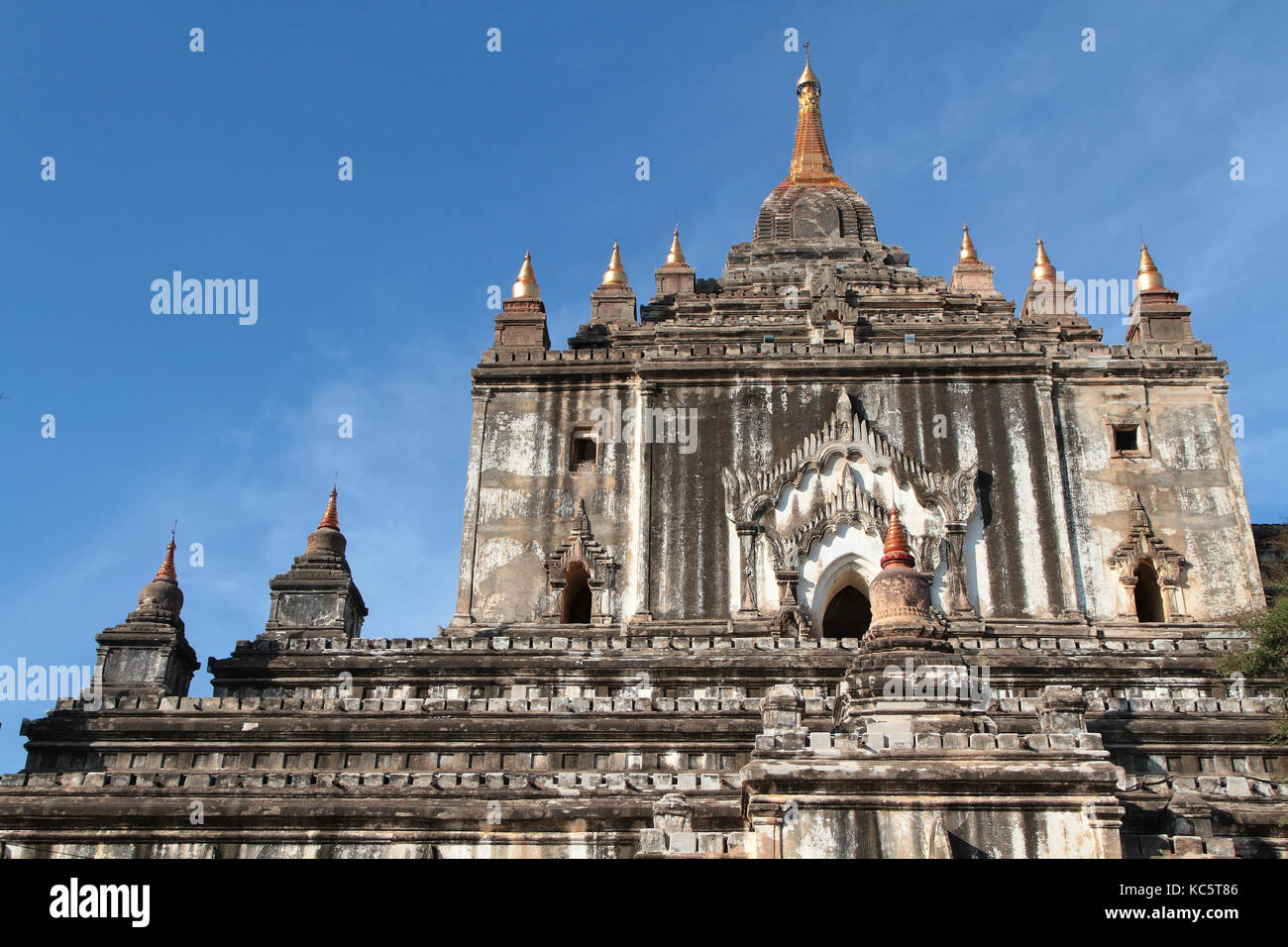 Dass Binnyu Pagode in Bagan. Bagan archäologische Zone ist ein Hauptfeld für die Tourismusindustrie des Stockbild