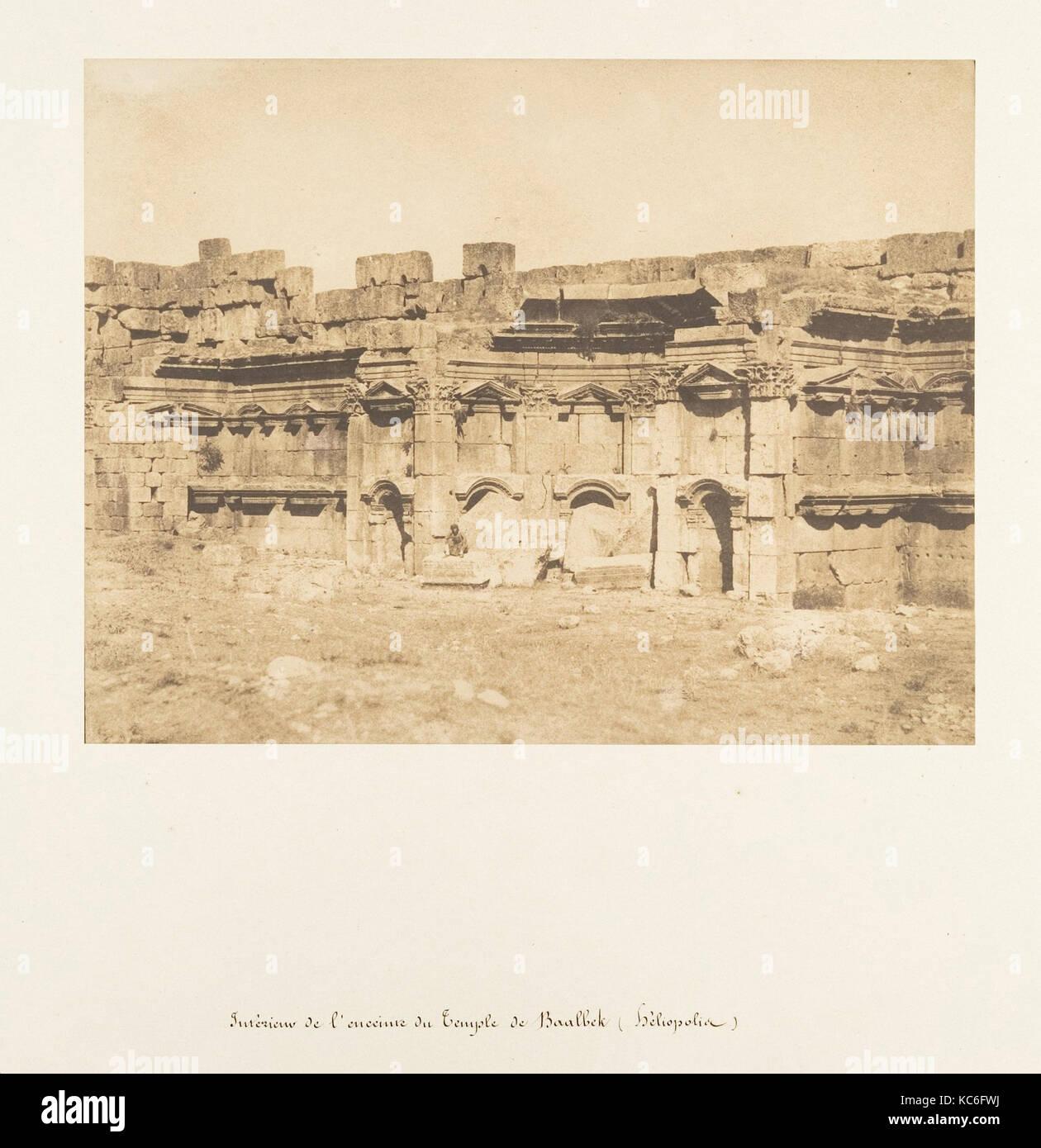 Intérieur de l'enceinte du Temple de Baalbek (héliopolis), Maxime Du Camp, 15. September 1850 Stockbild
