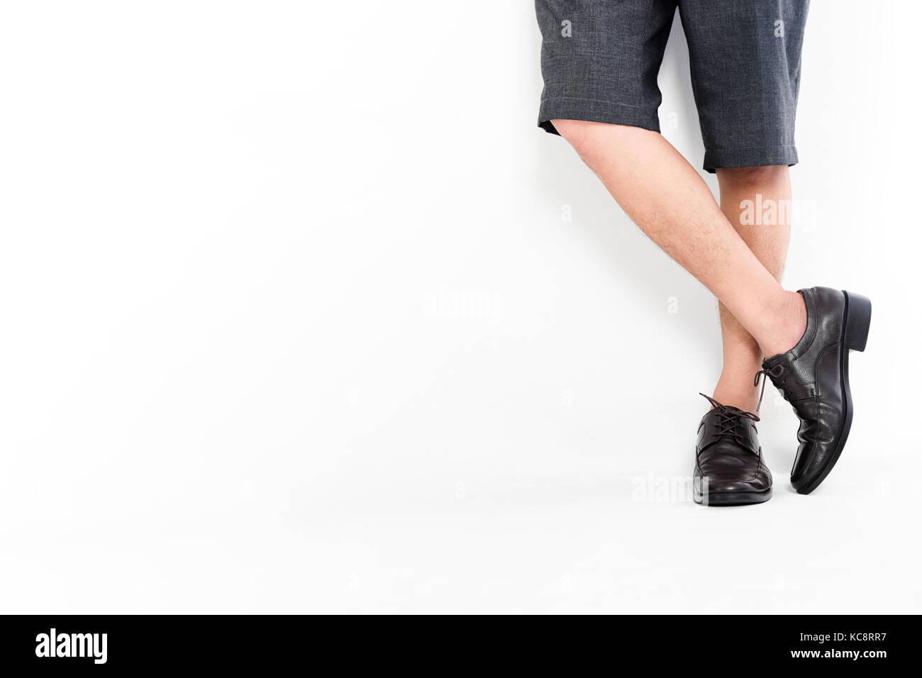 quality design f036c 21b0d Modische Herren Klassische Leder Schuhe, Männer Beine ...