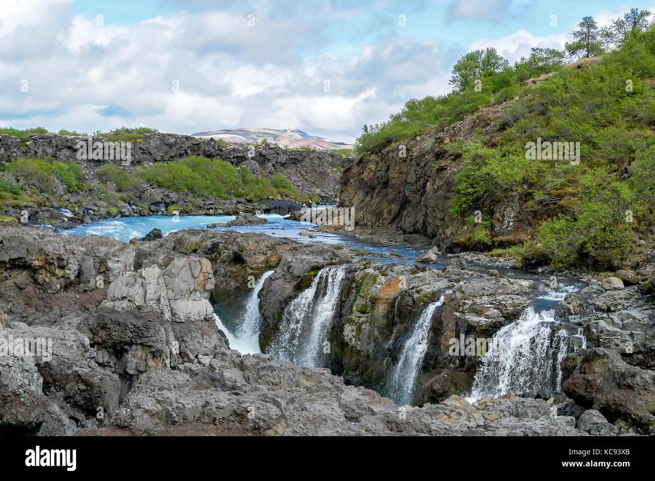 Barnafoss Wasserfall - Western Island Stockbild