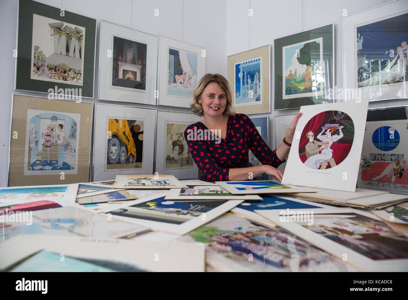 Bromley, Großbritannien. 3. Oktober 2017. versteigerer Catherine southon wirft mit Karikaturen von smilby (Francis Stockbild