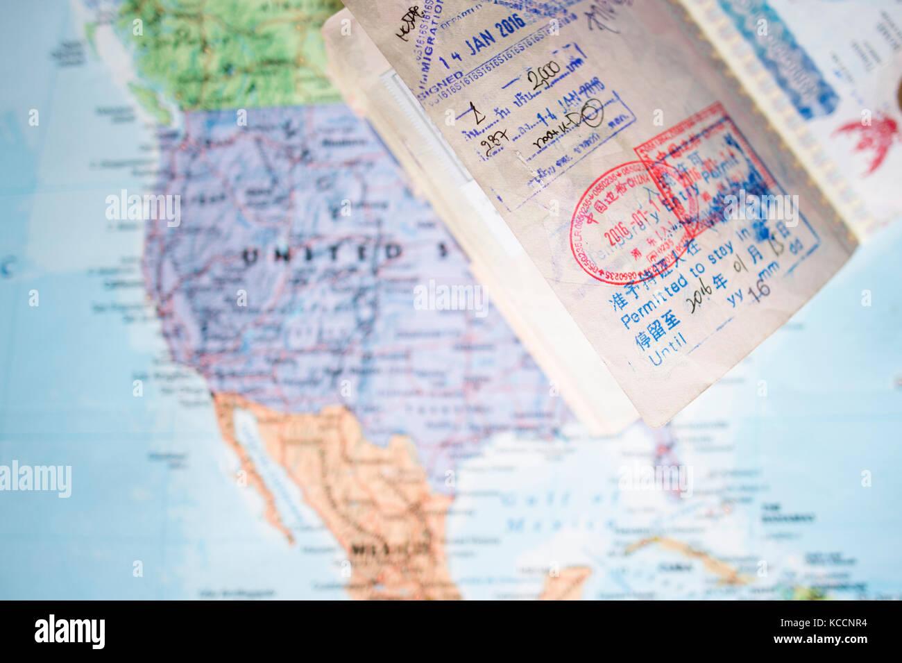 Mexiko Karte Welt.Selektive Fokus Einen Reisepass Mit Stempel Ist Auf Eine
