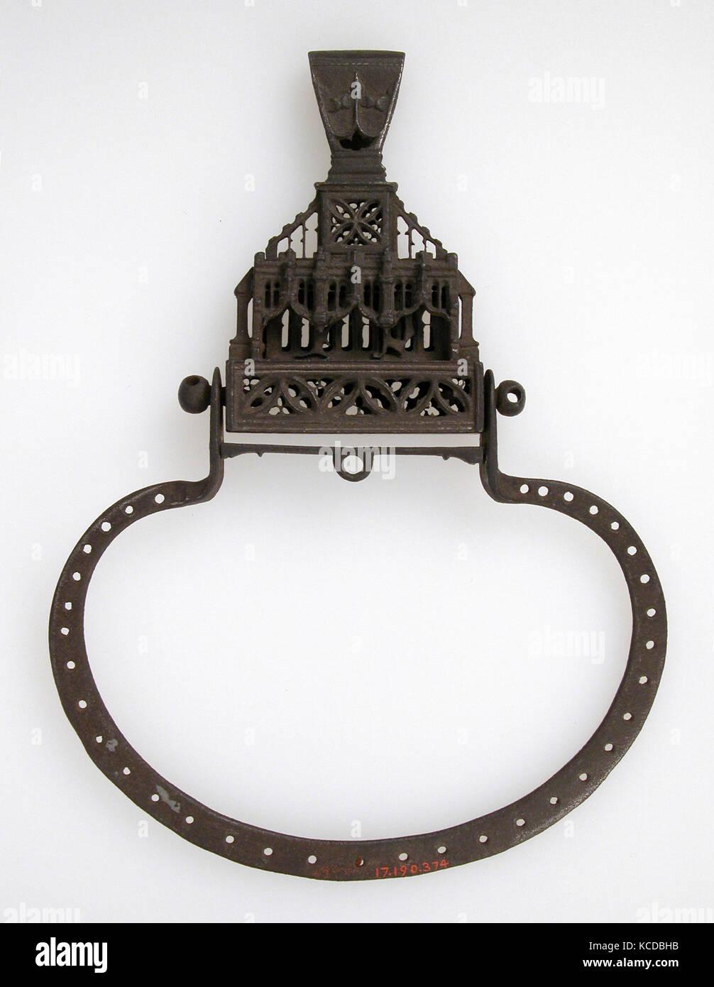 Purse frame, 15. - 16. Jahrhundert, Französisch, Bügeleisen, gesamt: 7 9/16 x 5 9/16 x 3/4 in. (19,2 x Stockbild