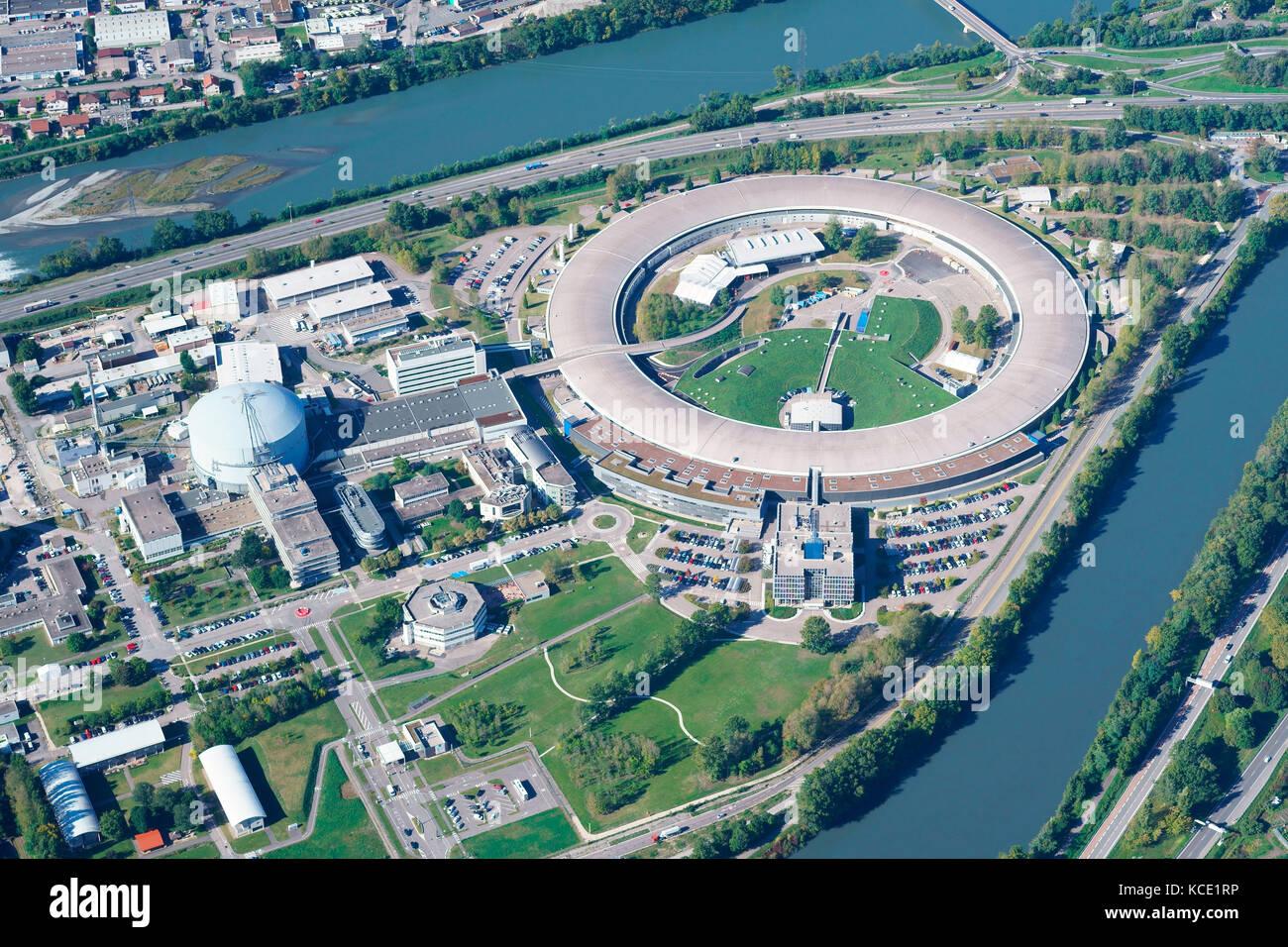 Die European Synchrotron Radiation Facility (Luftbild). Eine Forschung in der Stadt von Grenoble, Auvergne-Rhone Stockbild