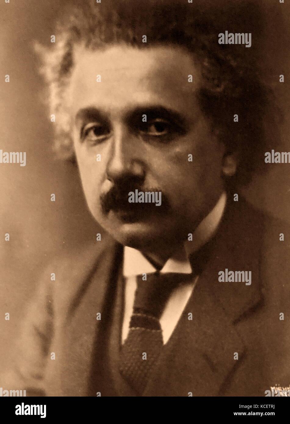 Albert Einstein (1879-1955), deutscher theoretischer Physiker geboren. Entwickelte er die Allgemeine Relativitätstheorie, Stockfoto