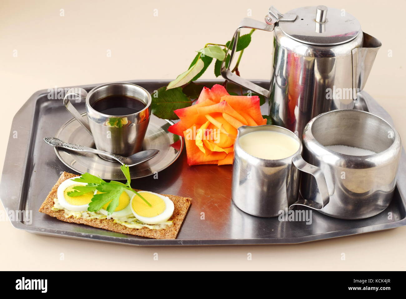 black coffee and eggs stockfotos black coffee and eggs bilder alamy. Black Bedroom Furniture Sets. Home Design Ideas