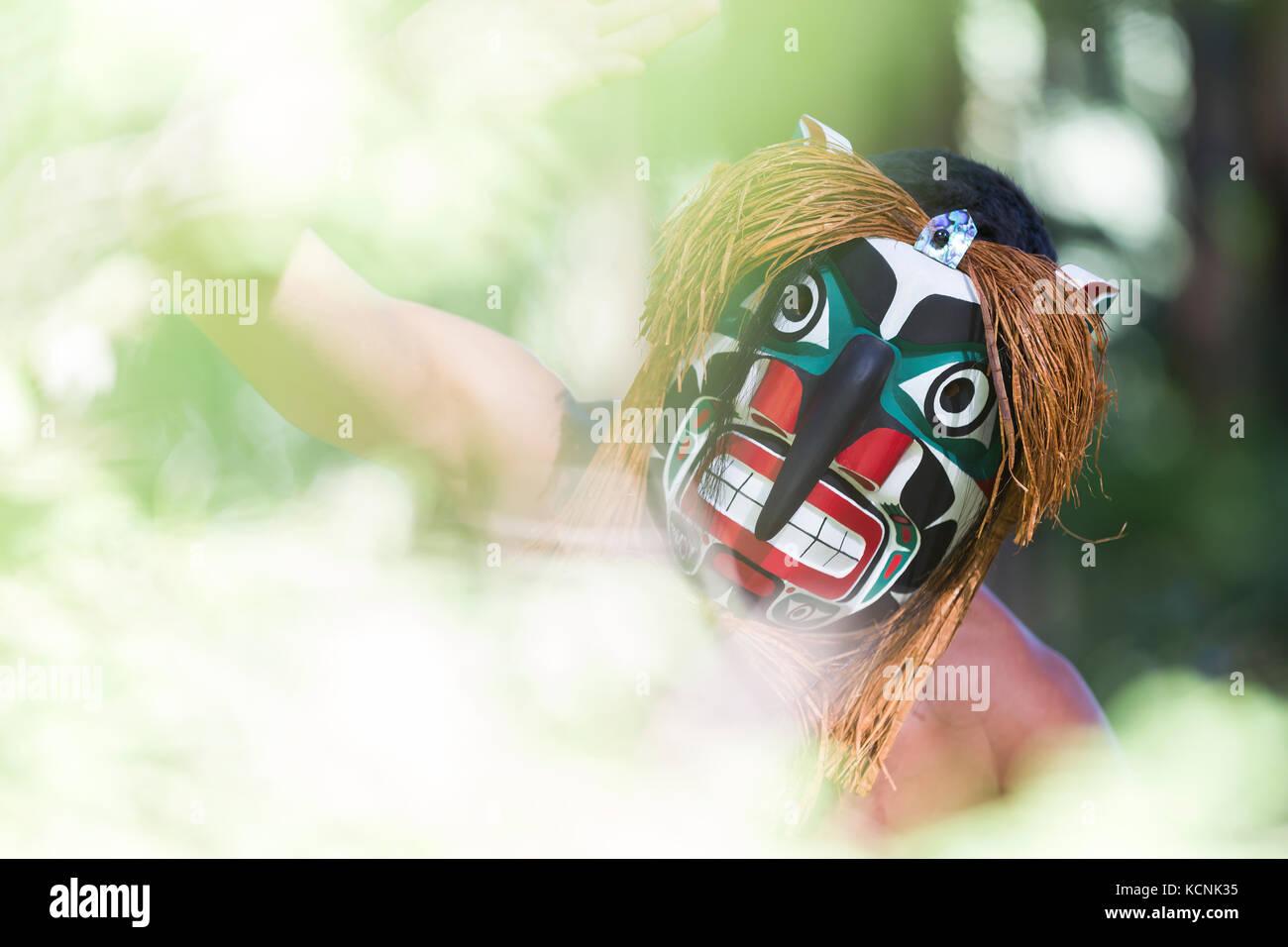 Bukwis, wilde Mann von den Wäldern in den ersten Nationen Lore die Wälder des Pazifischen Nordwesten durchstreift, Stockbild