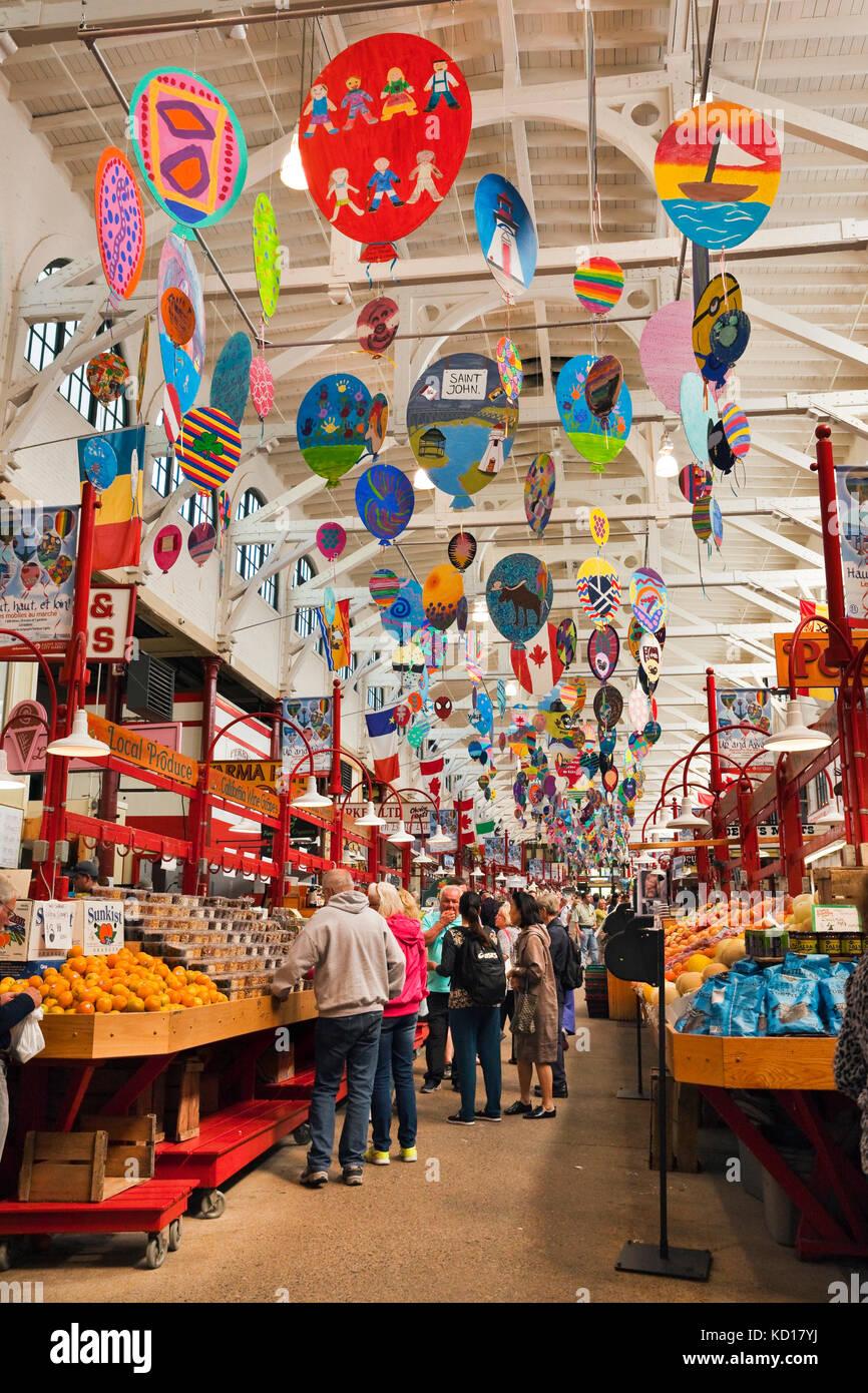 Saint John Stadt Markt, lokal angebauten Produkten, frisch zubereitete Gerichte und handgefertigten Kunsthandwerk. Stockbild