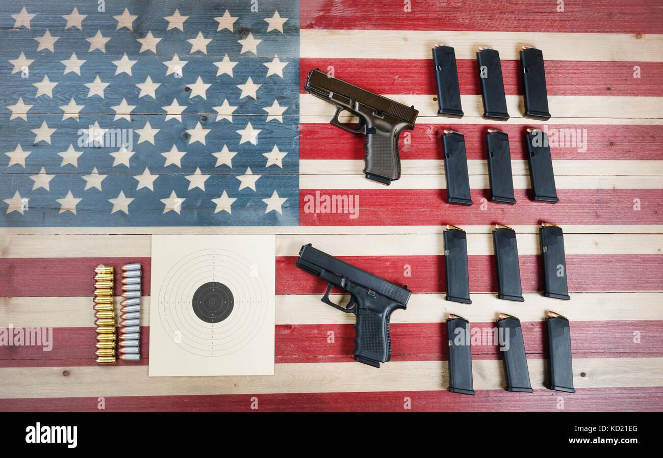 Rechten Arme in den Vereinigten Staaten von Amerika zu tragen-gun, die Gesetze und die Verfassung der USA Stockbild