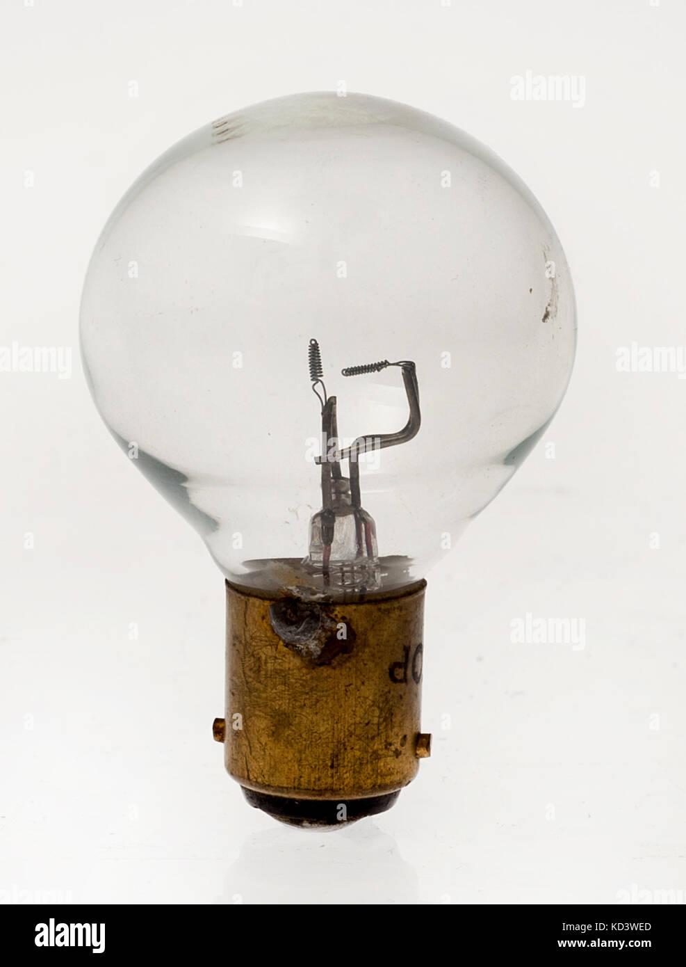 Doppel Element Eintauchen Scheinwerferlampe Stockbild