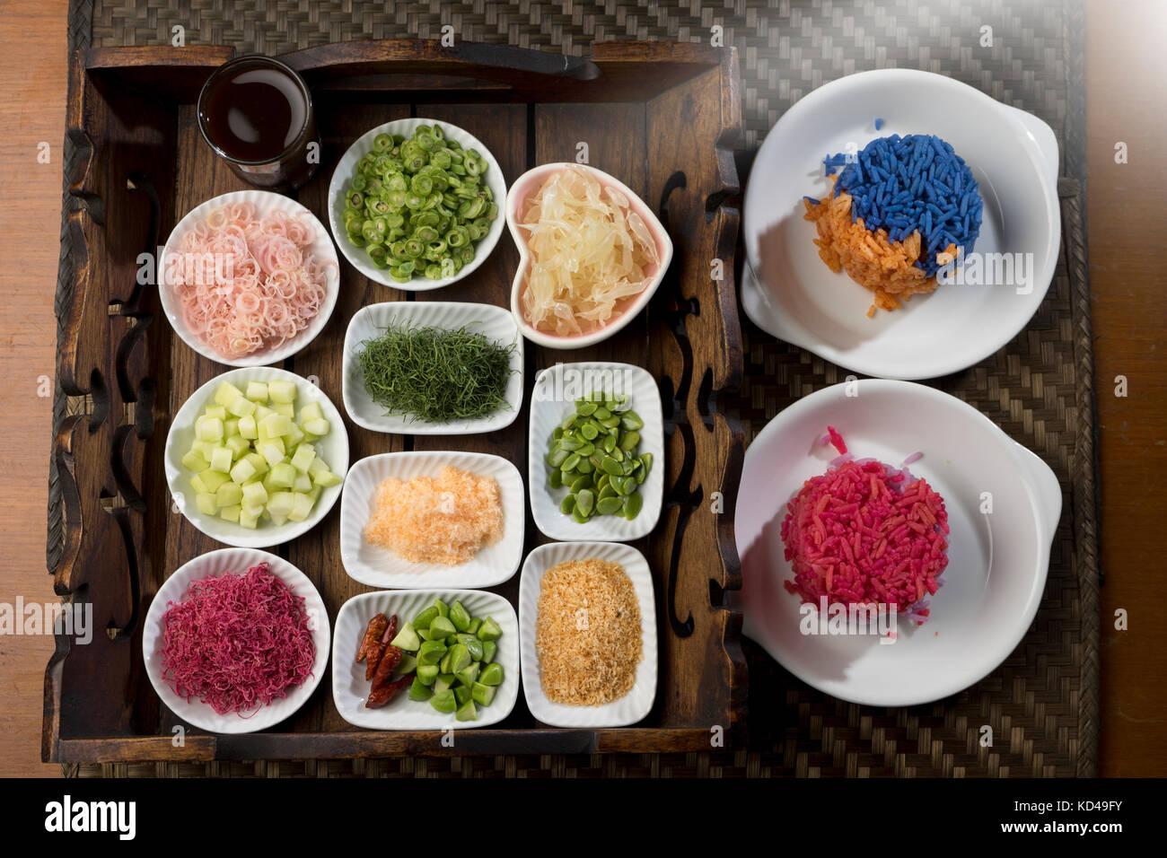 Pomelo salad stockfotos pomelo salad bilder alamy - Teller dekorieren ...