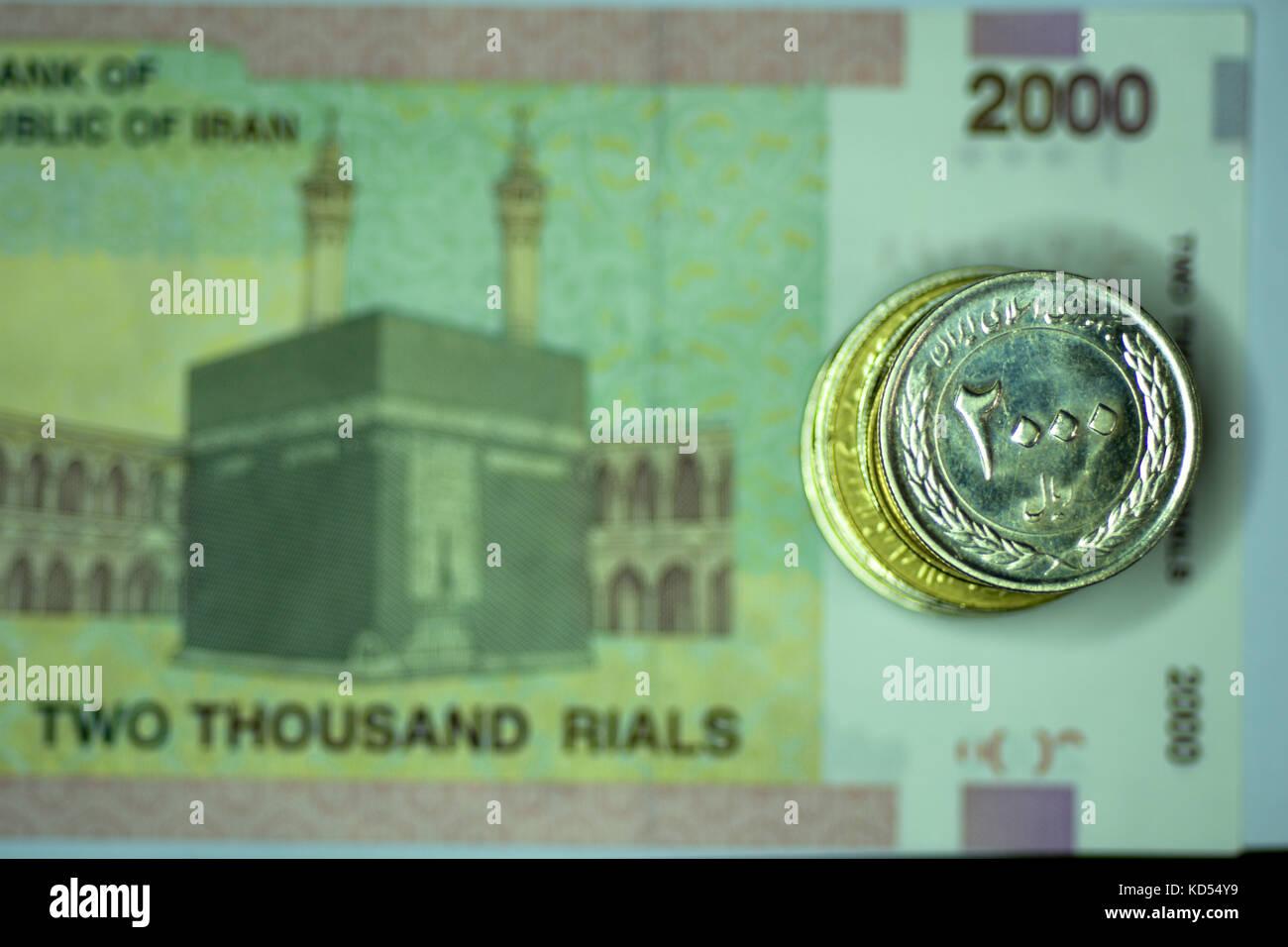 Nahaufnahme Der Banknoten Und Münzen Und Währung Wechseln Stockfoto