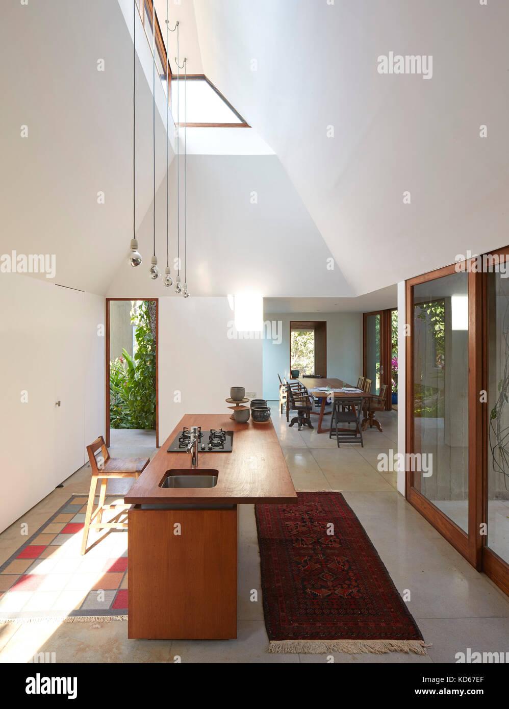 Küche. Haus auf einen Stream, Alibaug, Indien. Architekt ...