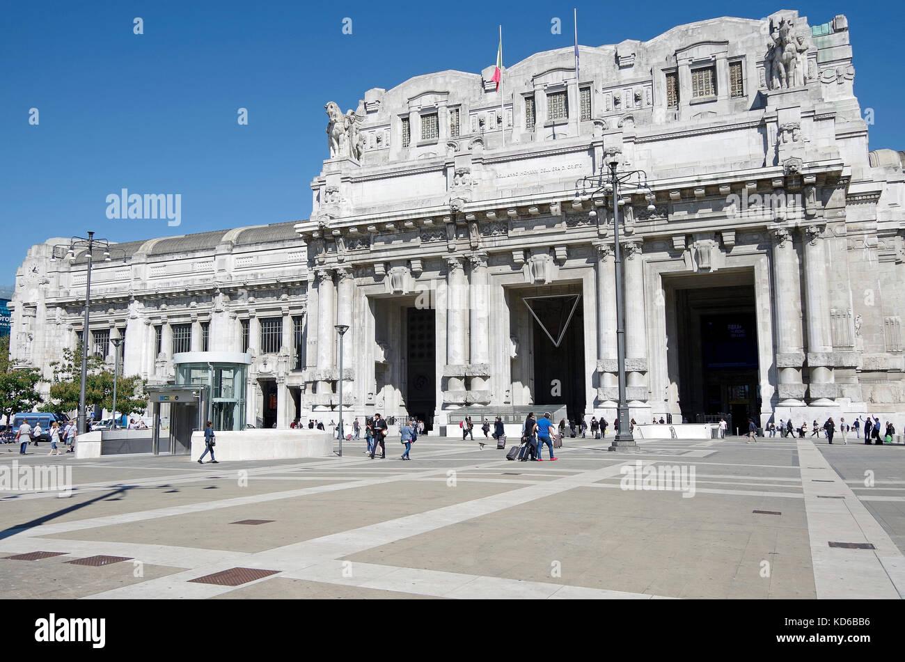The Porte Coichere Stockfotos & The Porte Coichere Bilder - Alamy