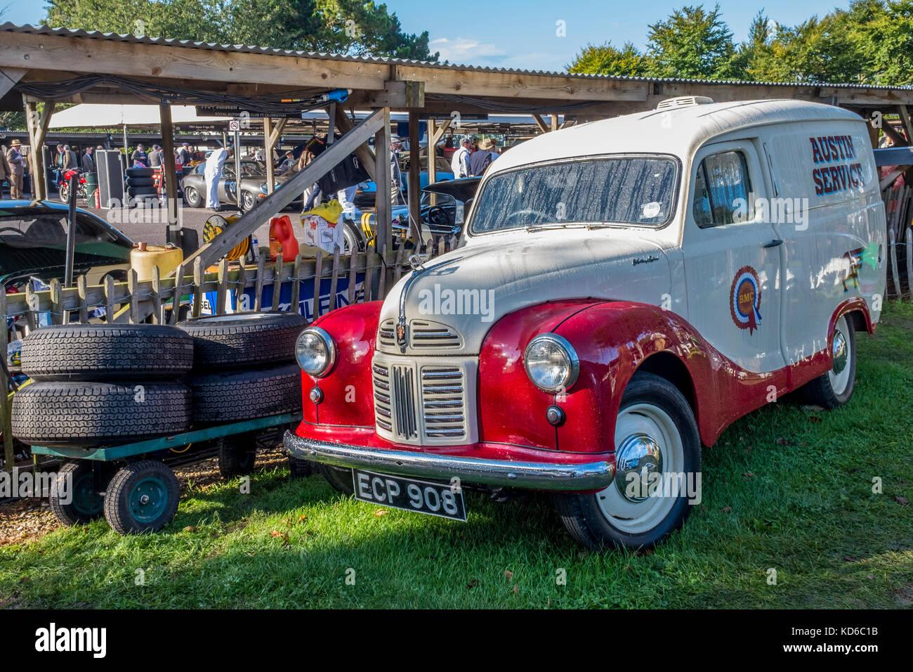 1954 Austin A40 Van, Ecp 908, Am Goodwood Revival 2017, Sussex, UK. Stockbild